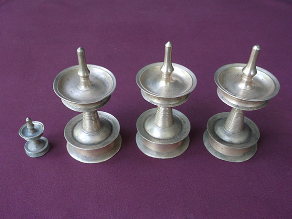 Kuthu Vilakku Collection.