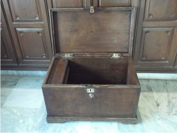Box in open condition showing the storage space and the left side document compartment