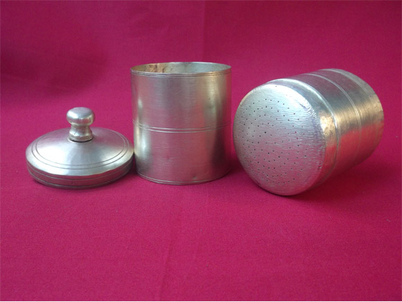 Filter assembly- Lower chamber,upper chamber with perforations and lid