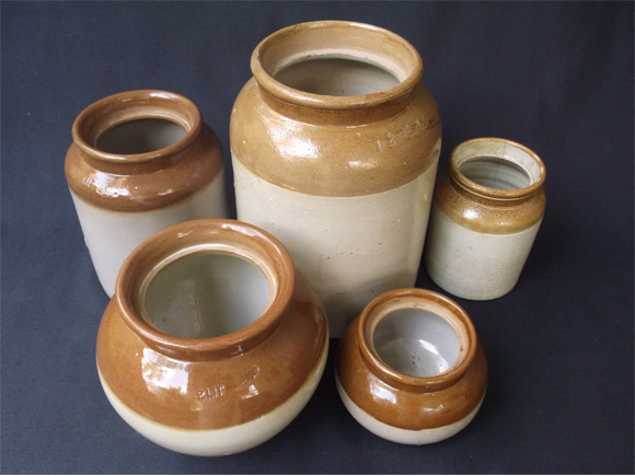 Jaadis - The Ceramic Jars For Pickles
